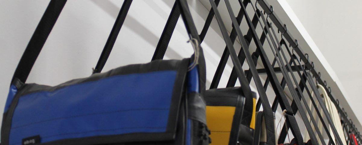 taschen aus recyclingmaterial regionalis blog. Black Bedroom Furniture Sets. Home Design Ideas