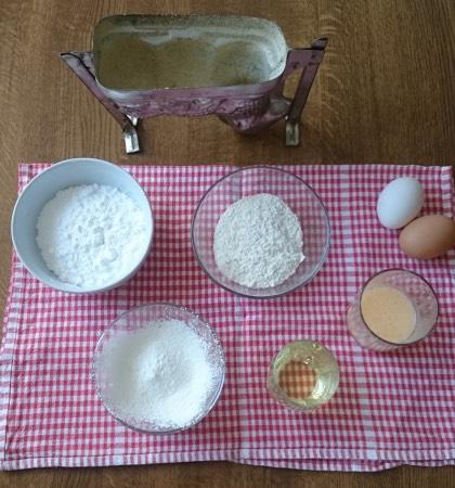 Zutaten für ein Osterlamm mit Eierlikörteig