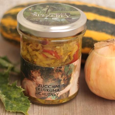 Zucchini Kurkuma Chutney auf Regionalis