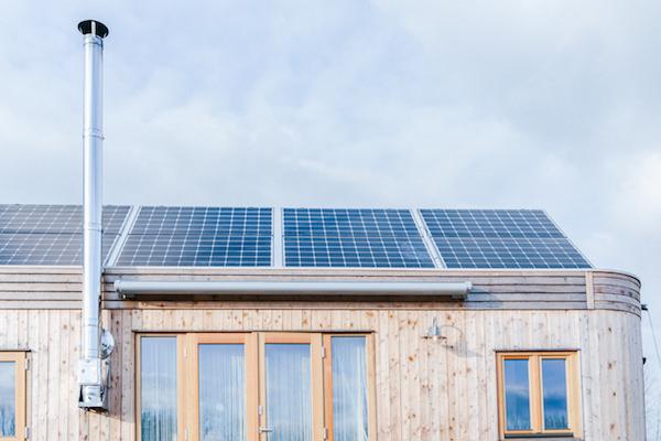 Photovoltaikanlage am Wohnwagon
