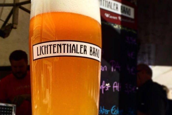Frisch gezapftes Bier im Lichtenthalerbräu