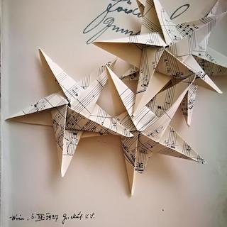 Irmie - Weihnachtssterne aus alten Notenblättern